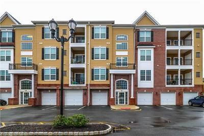 Piscataway Condo/Townhouse For Sale: 545 Doral Court #545