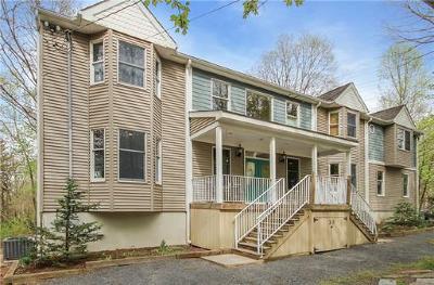 East Brunswick Single Family Home For Sale: 15 Kerschner Lane