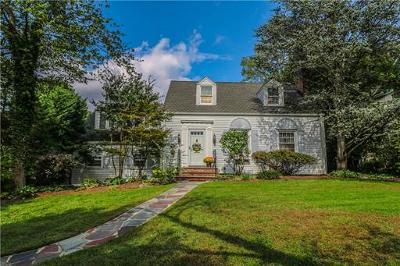Metuchen Single Family Home For Sale: 127 Hillside Avenue