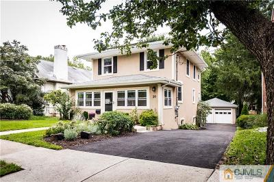 Metuchen Single Family Home For Sale: 59 Highland Avenue