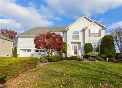 Monroe Single Family Home For Sale: 10 Red Oak Court