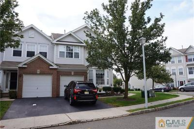 Sayreville Condo/Townhouse For Sale: 11 Koenig Drive #189
