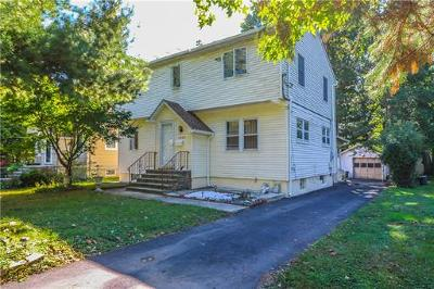 Westfield Single Family Home For Sale: 1620 Summit Avenue