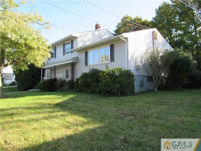 Perth Amboy Single Family Home For Sale: 647 Franklin Drive