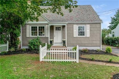 Metuchen Single Family Home For Sale: 296 High Street