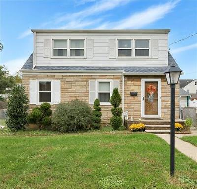 Sayreville Single Family Home For Sale: 114 Standiford Avenue