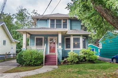 Metuchen Single Family Home For Sale: 6 Lawrence Street