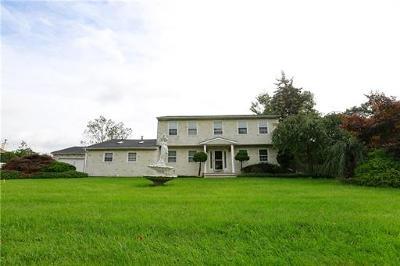 Monroe Single Family Home For Sale: 15 Florence Drive