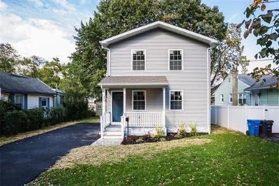Metuchen Single Family Home For Sale: 324 Durham Avenue