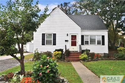 Sayreville Single Family Home For Sale: 762 Bordentown Avenue