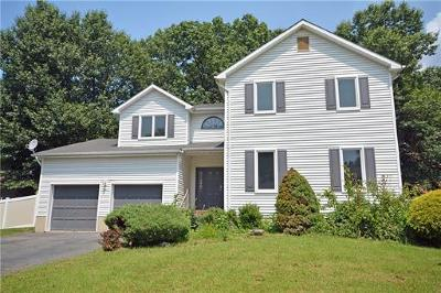 North Brunswick Single Family Home For Sale: 5 Brent Street