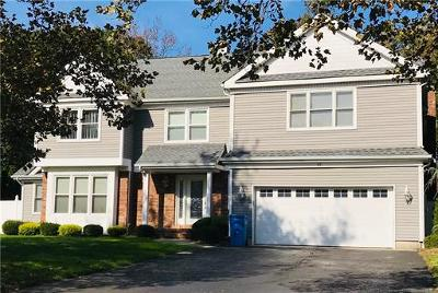 Old Bridge Single Family Home For Sale: 31 Oakland Road