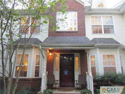 Piscataway Condo/Townhouse For Sale: 60 Forest Drive #60