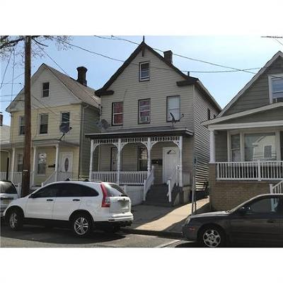 Perth Amboy Multi Family Home For Sale: 676 Charles Street