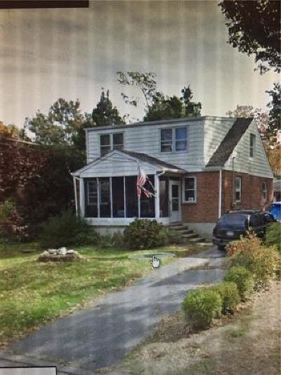Edison Single Family Home Active - Atty Revu: 152 Fourth Street