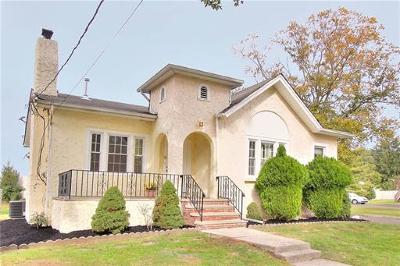 Edison Single Family Home For Sale: 8 Universal Avenue