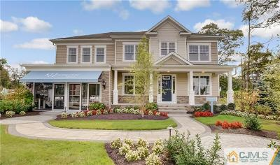 East Brunswick Single Family Home For Sale: 10 McLellan Court