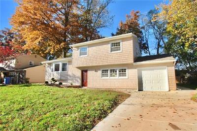 Fords Single Family Home For Sale: 4 Varady Drive