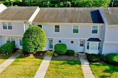 East Brunswick Condo/Townhouse For Sale: 100 La Rue Lane