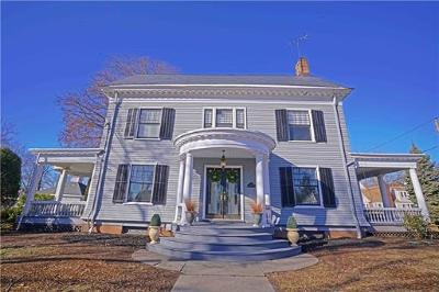 Perth Amboy Single Family Home For Sale: 151 High Street