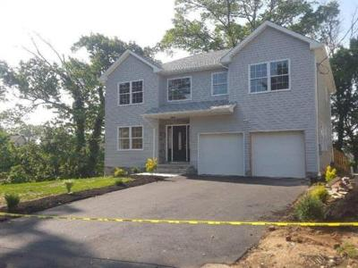 Sayreville Single Family Home For Sale: 12 Milliken Road