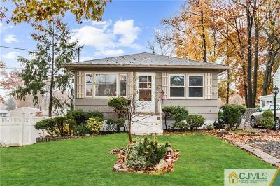 Colonia Single Family Home For Sale: 154 Amherst Avenue