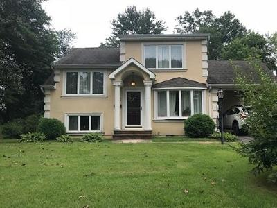 East Brunswick Single Family Home For Sale: 12 Oxford Road