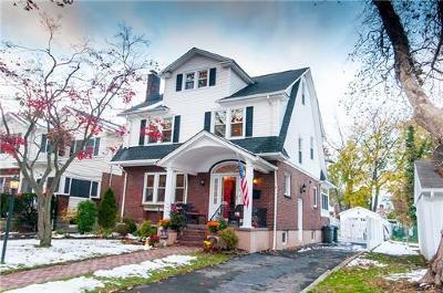 Metuchen Single Family Home For Sale: 6 Juniper Street