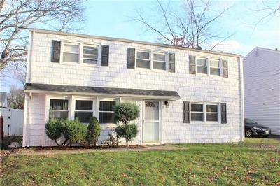 Colonia Single Family Home For Sale: 5 Joanna Place