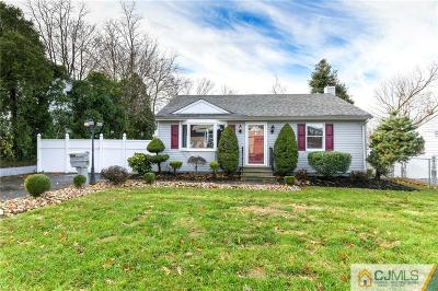 Freehold Boro Single Family Home For Sale: 7 Robertsville Road