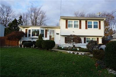 Old Bridge NJ Single Family Home Active - Atty Revu: $372,000