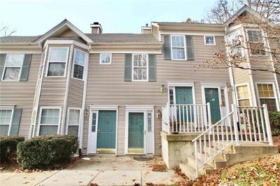 East Brunswick Single Family Home For Sale: 1808 Cypress Lane