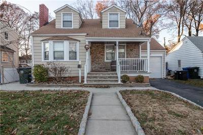 Avenel Single Family Home For Sale: 493 E Woodbridge Avenue
