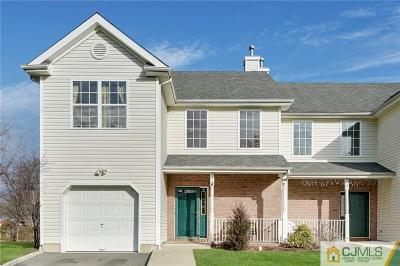 Piscataway Condo/Townhouse For Sale: 5 W Burgess Drive #5