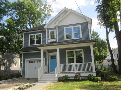 Metuchen Single Family Home For Sale: 42 Lincoln Avenue