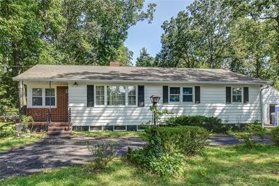 East Brunswick Single Family Home For Sale: 746 Cranbury Road