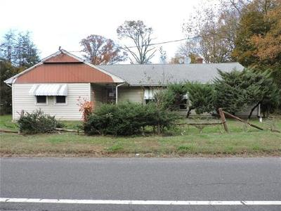 Monroe Single Family Home For Sale: 841 State Route 33 Highway W
