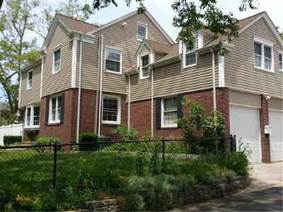 Perth Amboy Single Family Home For Sale: 94 Rector Street