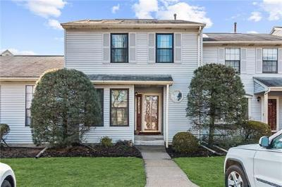 Edison Condo/Townhouse For Sale: 1502 Timber Oaks Road