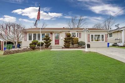 Sayreville Single Family Home Active - Atty Revu: 37 Buttonwood Drive