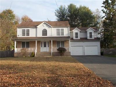 Monroe Single Family Home For Sale: 208 Bordentown Turnpike