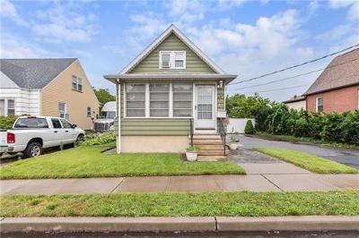 Sayreville Single Family Home For Sale: 328 Oak Street