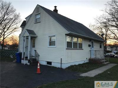 Iselin Single Family Home For Sale: 15 Plymouth Drive