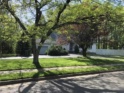 Edison Single Family Home For Sale: 5 Westover Way