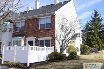 North Brunswick Condo/Townhouse For Sale: 13 Goodwin Drive