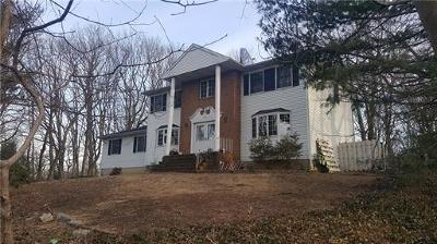 Sayreville Single Family Home For Sale: 37 Deerfield Road