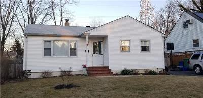 Sayreville Single Family Home For Sale: 6 Becker Drive