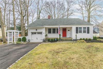 North Brunswick Single Family Home For Sale: 1096 Revere Road