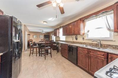 Monroe Single Family Home For Sale: 33 Mott Avenue