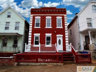 Perth Amboy Multi Family Home For Sale: 166 Chauncey Street